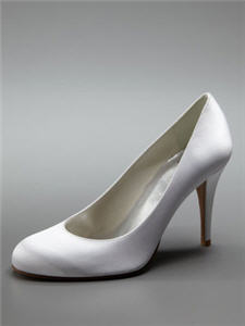 Stuart Weitzman Swoom Satin Pump