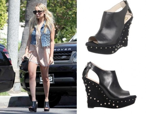 Nicole Richie House of Harlow Studded Wedges