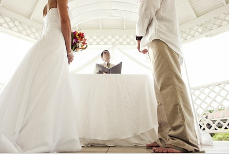 Have Your Officiant Approve Of Ceremony Shots Beforehand