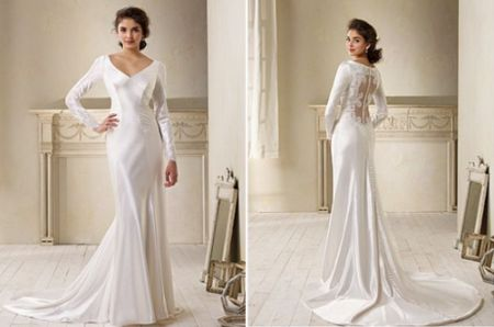 Twilight wedding dress alfred angelo twilight breaking for Bella twilight wedding dress