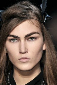 7. Thick Eyebrows
