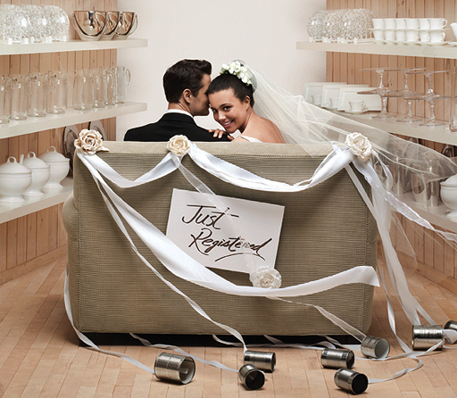 Best Place To Register For Wedding: Wedding Registry Tips