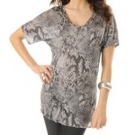 short-sleeve-scoop-neck-dolman-sleeve-maternity-tunic-