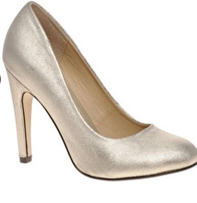 SCALA Metallic Court Shoe