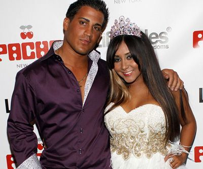 A Snooki Wedding Is Happening People We Found 10 Jersey Worthy Dresses For Her