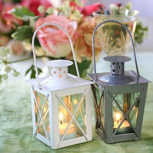 Adorable Mini-Lantern Favors