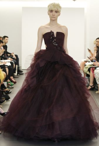 Vera wang red wedding dresses bridal market 2013 heres another vera wang gown junglespirit