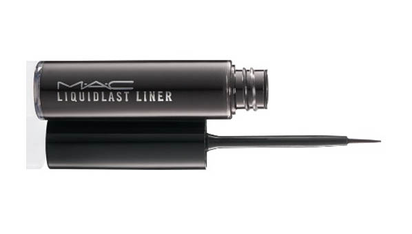 Beth Ditto MAC Collection Liquidlast Liner
