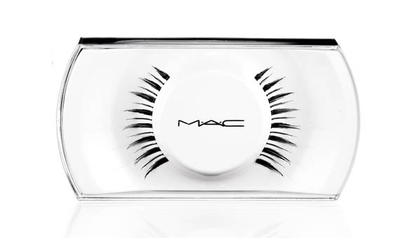 Beth Ditto for M.A.C eyelashes