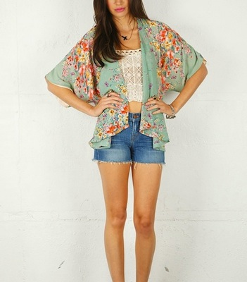 Lovers Friends Kimono   Miley Cyrus Kimono   Best Spring Jackets