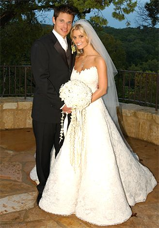 Vera Wang Wedding Gowns | Celebrity Weddings | Designer Wedding ...