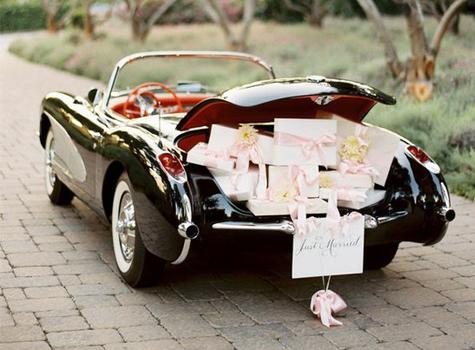 wedding advice last minute wedding tips day of essentials