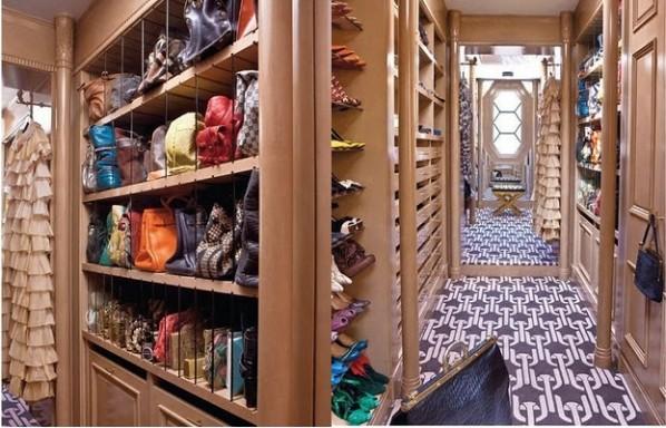 Kelly Wearstleru0027s Los Angeles Closet, Via Habitually Chic