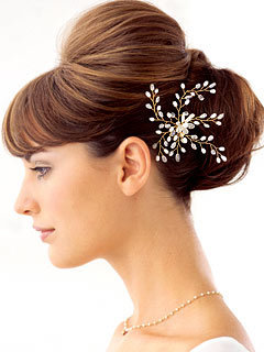 Chignon with ornament