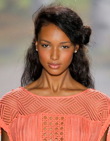 Fall 2012 Beauty Trend Flushed Cheeks