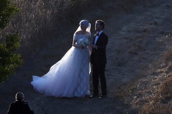 Anne Hathaway Wedding Photo