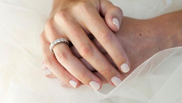 Impressive Wedding Nail Color 598 x 340 · 115 kB · jpeg