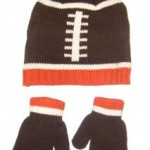 knit-football-winter-baby-hat-and-mitten-set