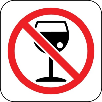 Don T Drink There Will Be Plenty Of Time To Celebrate On Your Wedding Day But Start Off Hung Over Or Worse Bloated Stick Water The Night Before