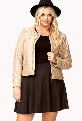 a51764b7158 Forever 21  We love Forever 21 because it s the perfect store to try out  trends without spending a fortune. The same holds true of their plus size  ...