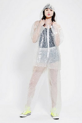 urban outfitters bubblewrap costume 20