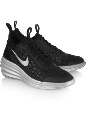 check out 5c1b1 c851e Nike Wedge Sneakers These aren t your typical wedge sneakers, those are  soooo 2013. But everyone is going crazy over these Nike LunarElite Sky Hi  kicks!