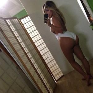 Sexy dread girl nude