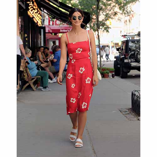5744d8bae1a 5 Cute Memorial Day Weekend Outfits That Are SO Festive - SHEfinds