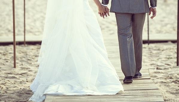 Destination wedding planning tips destination wedding for How to start planning a destination wedding