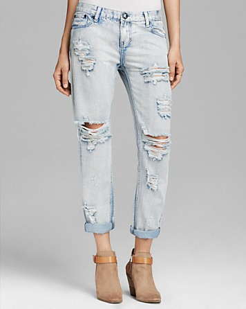 Chrissy Teigen Boyfriend Jeans | One Teaspoon Awesome Baggies