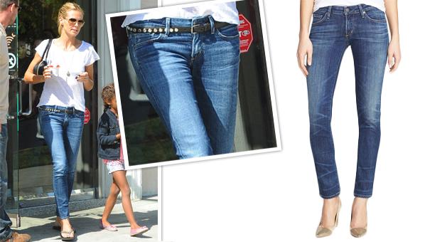 Skinny jeans look good on