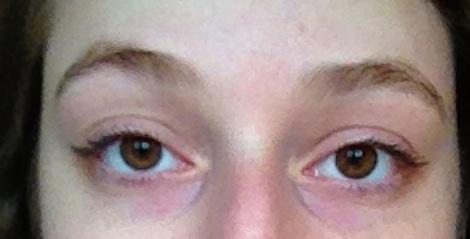 Clean Eyebrows