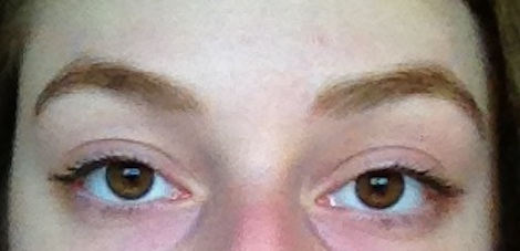 Filled-in eyebrows