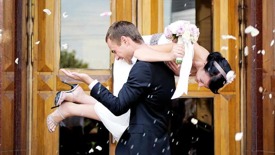 City hall wedding tips city hall wedding ideas shefinds weddings junglespirit Gallery