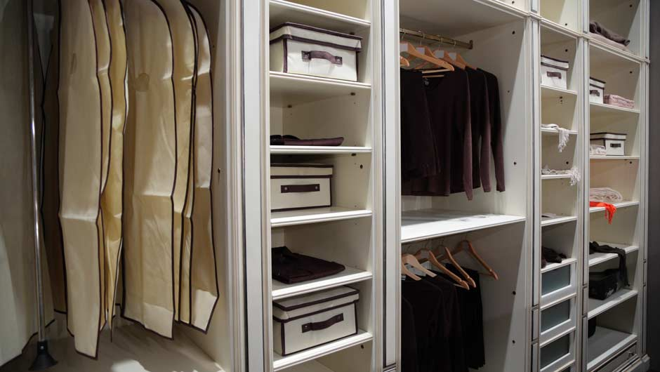 Thereu0027s Sort Of A Science To Keeping Your Wardrobe Neat And Orderly, And  Contrary To What I Always Thought, It Does Not Involve Hanging Every Single  Thing ...