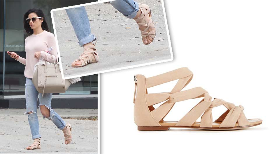 f285b54d004 Jenna Dewan s  40 Sandals Are Perfect For Showing Off A Pretty Pedi