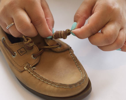 How To Put Laces In Shoes Step By Step