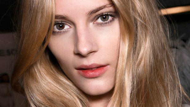 11 Secrets Women With Great Hair Swear By