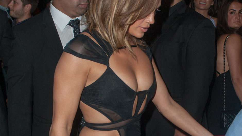 All Eyes Were On The Birthday As She Owned Night In Hottest Little Black Dress I Ve Ever Seen J Lo