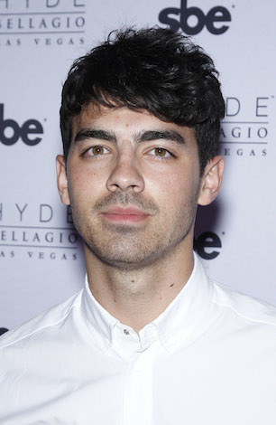 August 15 Famous Birthdays: Joe Jonas, Ben Affleck, Debra ...