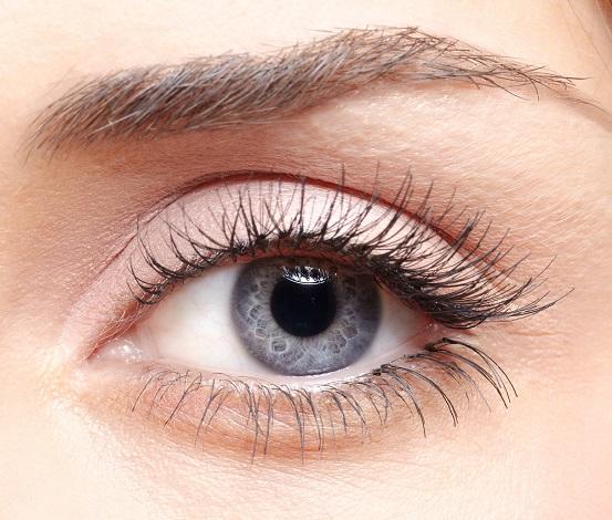 Makeup for grey eyes