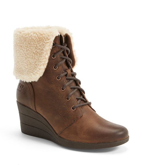 ugg damen bailey charms boots harissa. Black Bedroom Furniture Sets. Home Design Ideas