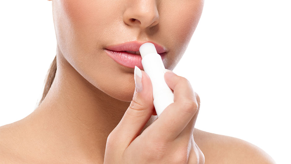 5 tricks to deal with chapped lips - https://emiliakoley19.wordpress.com/?p=84