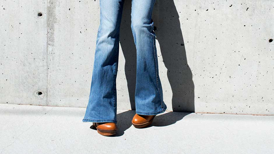 aba500319c7 Flares are the jean style for fall (remember when jean expert Jeanann  Williams told ya so ) and are supremely flattering and leg-lengthening