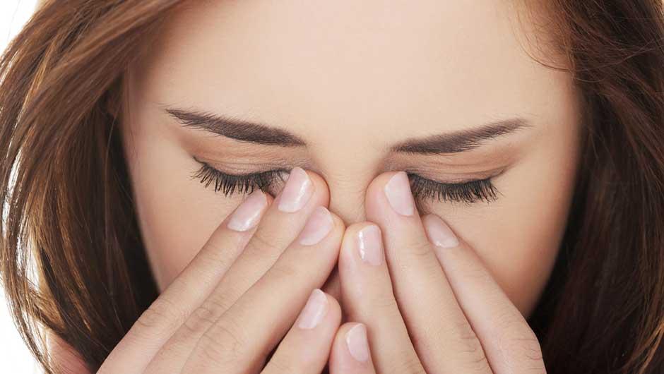 What Is Eye Crust How To Get Rid Of Eye Crust