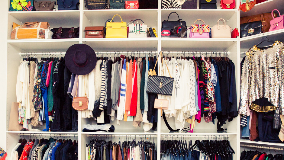 How to organize closet how to organize clothes in closet How to organize your clothes without a closet