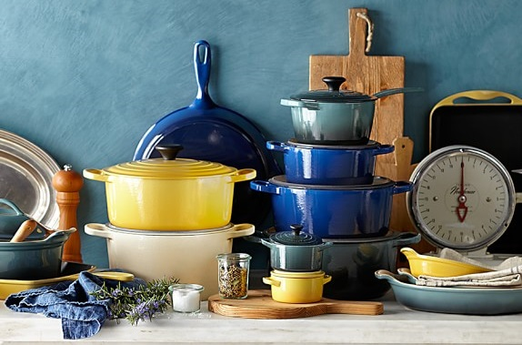Le Creuset Cleaning Stains : How to clean brown stains off enamel pot