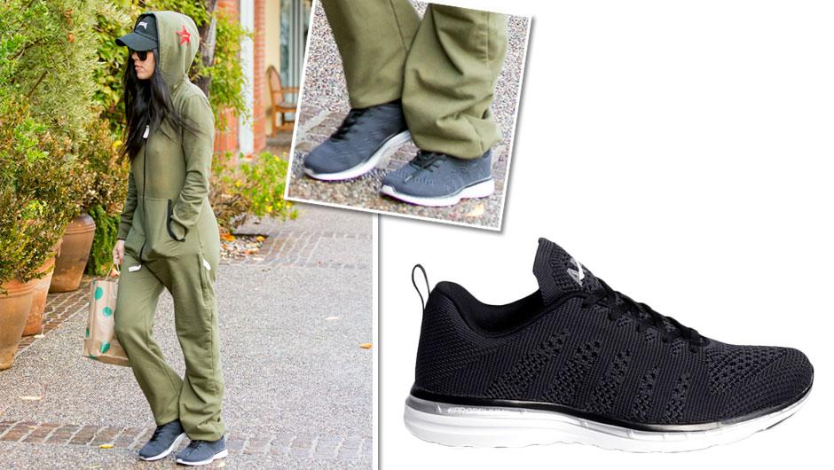 9daace0d7d3 Kourtney Kardashian Sneakers Apl Techloom Pro Neon Knit