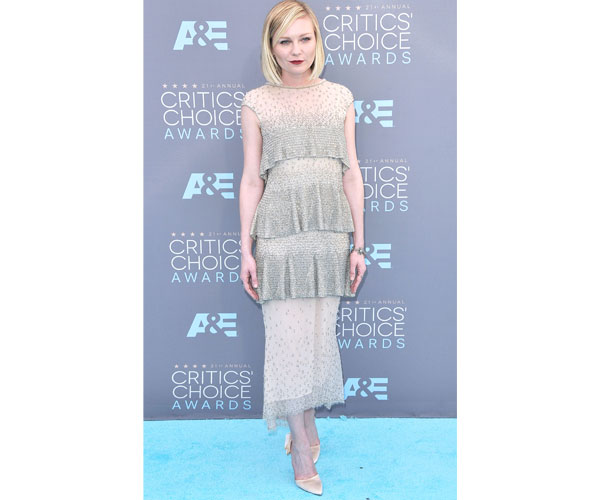 Kristen Dunst in this sparkly Chanel Couture confection