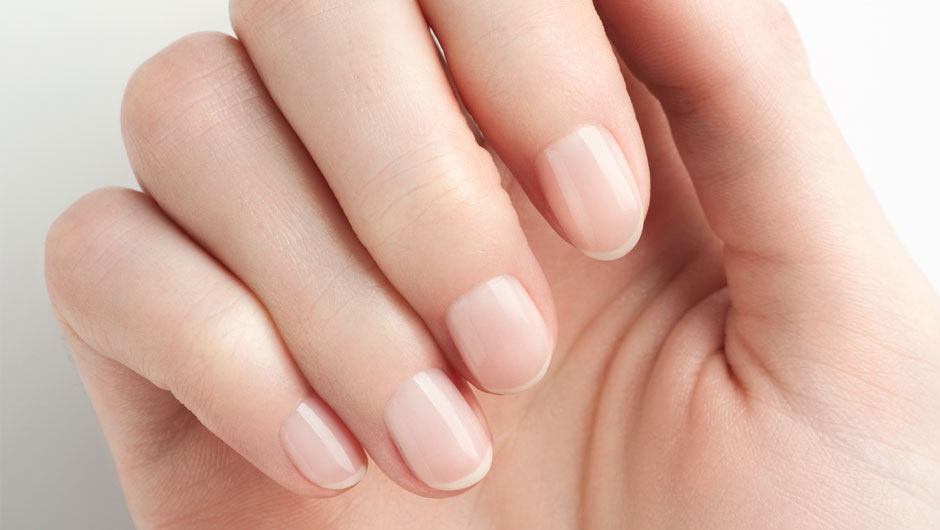 Once And For All This Is The Right Way To Clean Underneath Your Nails